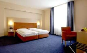 InterCityHotel Stuttgart 3*, ���������, ����� ��������