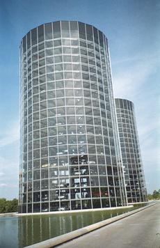 Башни-близнецы- склад готовой продукции VW @M.Untergassmair