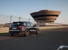 Посещение завода Porsche в Лейпциге, туры в Германию